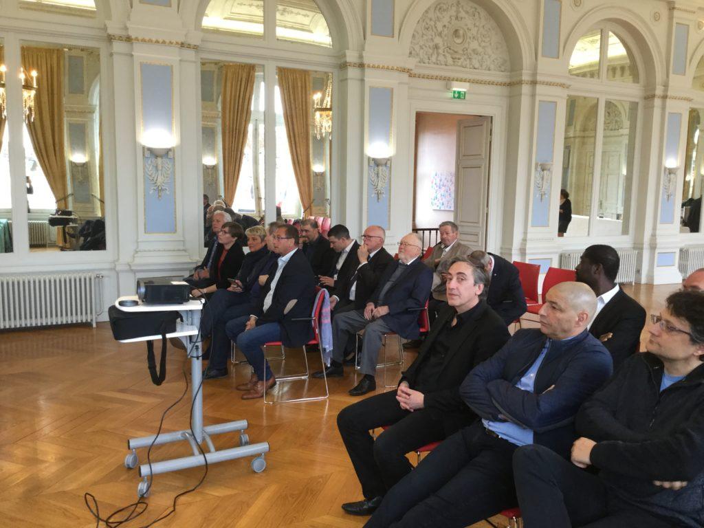 ouverture de l'antenne de Laon à la mairie de Laon en présence de Monsieur le Maire
